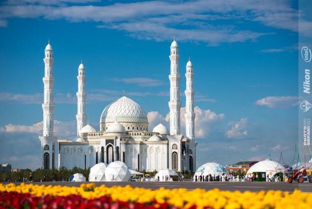 介绍哈萨克斯坦大自然之美图片展今日开展 hinh anh 3