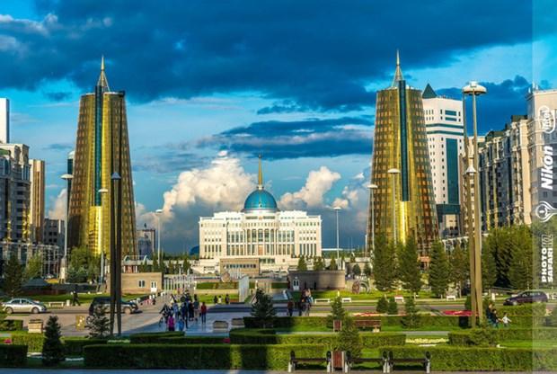 介绍哈萨克斯坦大自然之美图片展今日开展 hinh anh 2