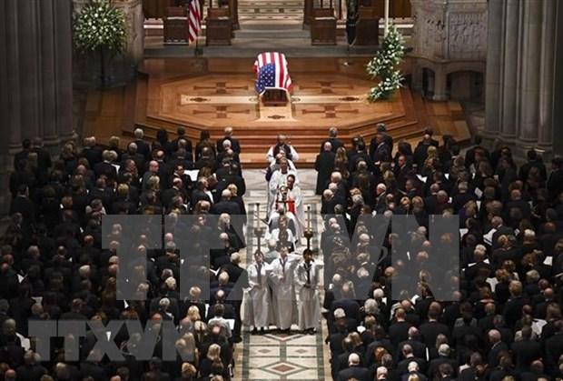 越南就美国前总统乔治·布什逝世致唁电 hinh anh 1