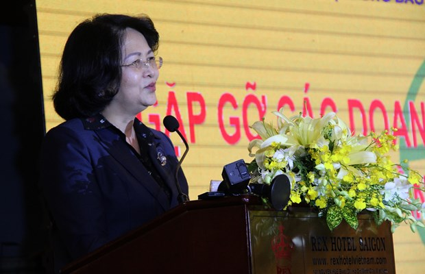 邓氏玉盛:儿童保护和教育工作一向是党和国家的优先目标 hinh anh 1
