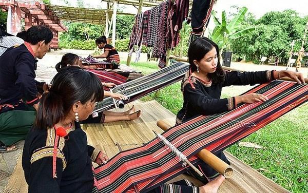 首届越南织锦文化节将于2019年1月5日至7日在得农省举行 hinh anh 1