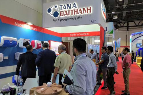 越南企业参加中东迪拜国际五大行业展 hinh anh 1