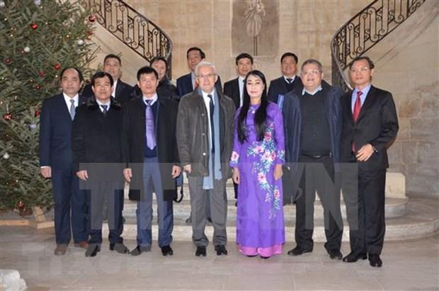 越南寻求在法国的投资合作机会 hinh anh 1