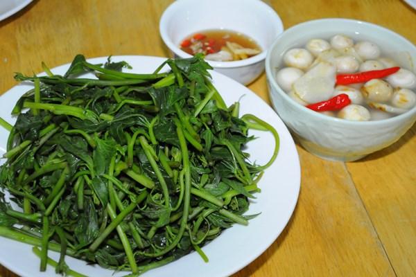 越南美食反映越南民族的哲学道理和人生观 hinh anh 1