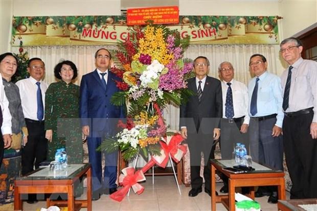 胡志明市领导人走访越南南方福音教教会 hinh anh 1