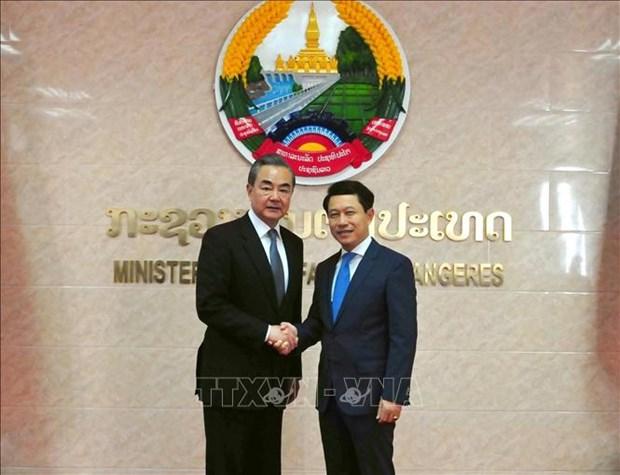 老挝与中国加强双边合作 hinh anh 1