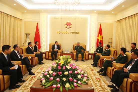 越南与中国促进口岸管理合作 hinh anh 1