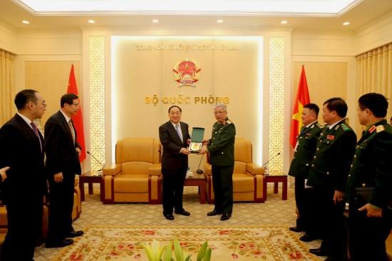 越南与中国促进口岸管理合作 hinh anh 2