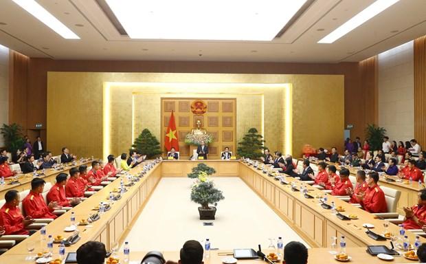 政府总理阮春福:足球是一个爱国主义运动 激发民族自豪感 hinh anh 2