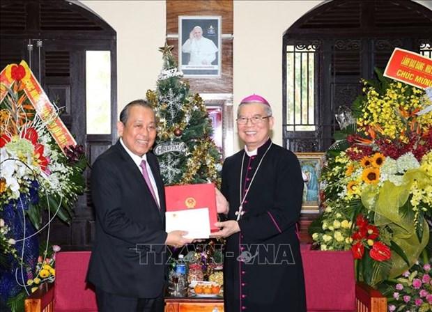 政府常务副总理张和平走访岘港教区 hinh anh 1