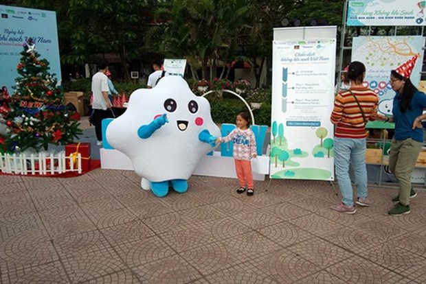 2018年越南清洁空气活动吸引1000人参加 hinh anh 1