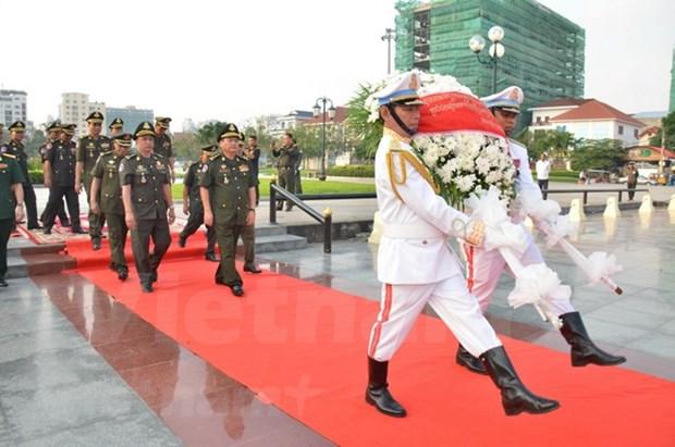 柬埔寨摆脱种族灭绝制度40周年:柬埔寨缅怀援柬的越南志愿军 hinh anh 1