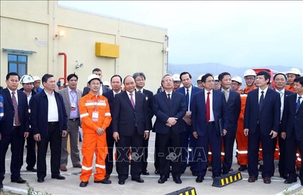 清化省宜山炼油化工联合项目正式投入商业运行 hinh anh 2