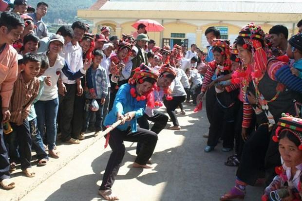 莱州省哈尼族同胞喜迎新年 hinh anh 1