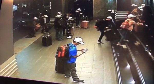 152名越南旅客在台湾逃脱一事:驻台北越南经济文化办事处对被扣留人员进行领事探视 hinh anh 1
