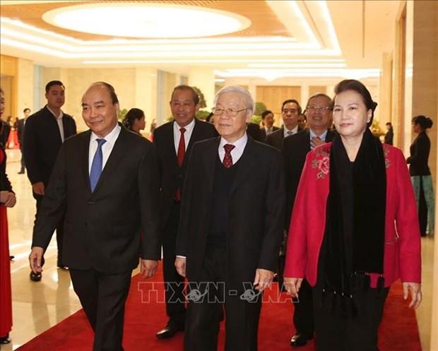 政府总理阮春福:政府坚持经济、社会和环境三大支柱的原则 hinh anh 1