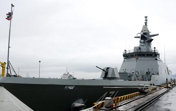 泰国海军护卫舰代表团访问岘港市 hinh anh 1