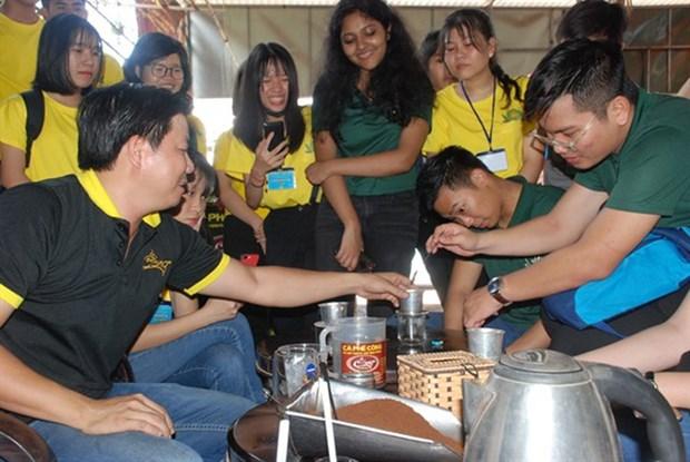多项国际青年交流活动在平福省举行 hinh anh 2