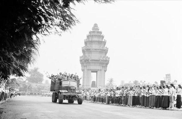 坚江省加大与柬埔寨边境省市的对外工作合作力度 hinh anh 1