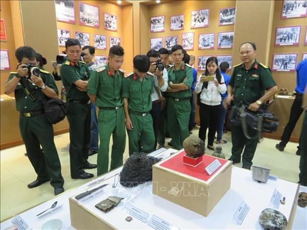柬埔寨推翻种族灭绝制度40年:近300张宝贵的图片及实物得到展示 hinh anh 2