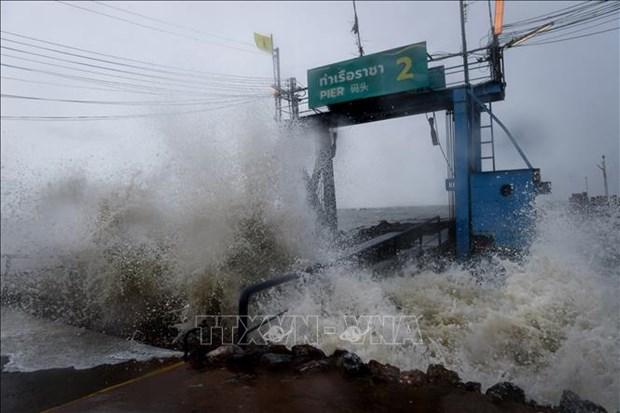 """热带风暴""""帕布""""登陆泰国南部 居民被迫撤离避难 hinh anh 1"""