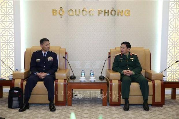 越南愿与日本加强防务合作 hinh anh 1
