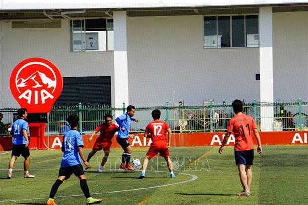 """庆祝柬埔寨""""1·7胜利日""""的越柬足球友谊赛 在金边举行 hinh anh 1"""