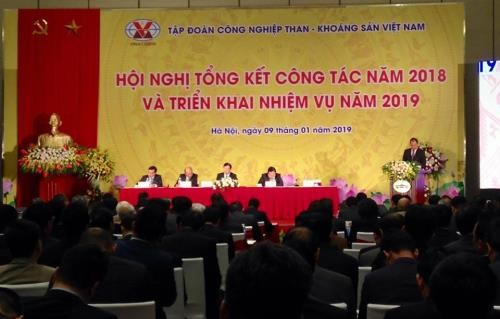 越南煤炭矿产集团确保充足的煤炭供应量 满足国家经济发展需求 hinh anh 1