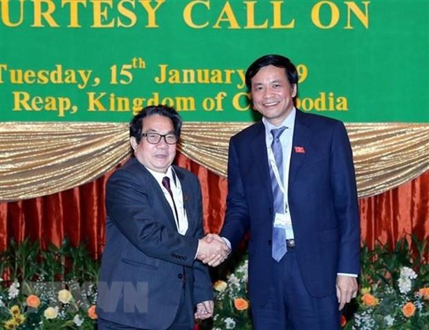 越南国会秘书长兼国会办公厅主任阮幸福会见柬埔寨国会秘书长 hinh anh 1