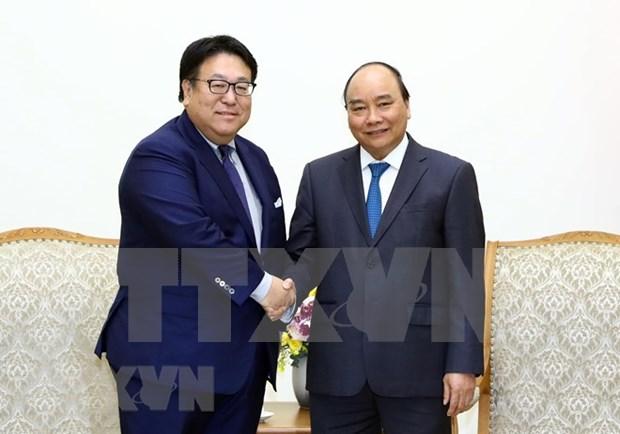 越南政府总理阮春福会见若干日本集团领导 hinh anh 1