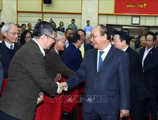 越南政府总理阮春福:提高越南信息通信技术指数排名是信息与传媒部的责任 hinh anh 1