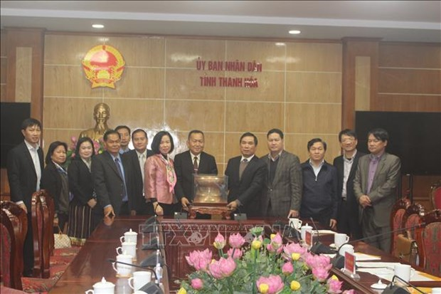 老挝巴特寮通讯社高级工作代表团走访越南清化省 hinh anh 2