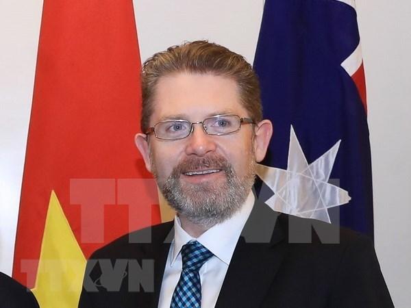 澳大利亚参议院议长开始对越南进行正式访问 hinh anh 1