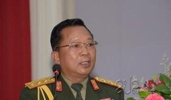 老挝国防部部长: 提升越南军队和老挝军队的合作层次 hinh anh 1