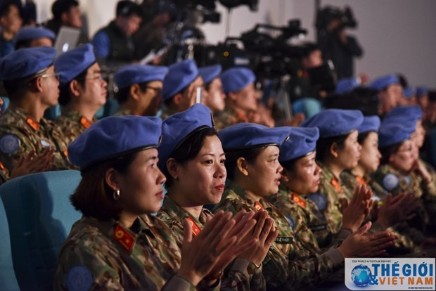 """越南维和局举办""""和平之鸟""""交流会 hinh anh 2"""
