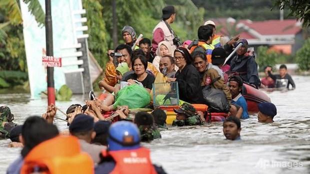 印尼发生的洪涝和山体滑坡灾害造成八人死亡 hinh anh 1