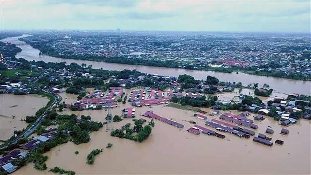 印尼洪灾和山体滑坡中死亡人数增加 hinh anh 1