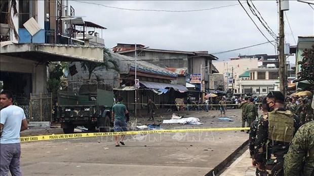菲律宾教堂爆炸事件: IS宣称对该爆炸案负责 hinh anh 2