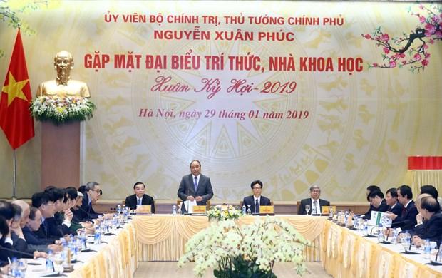 政府总理阮春福:党和国家一向重视知识分子和科学家们的地位和作用 hinh anh 2