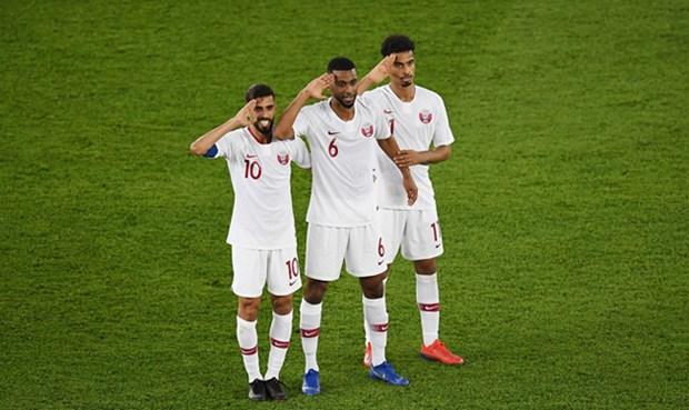 卡塔尔队以7战7胜成绩首次夺得亚洲杯赛冠军 hinh anh 1
