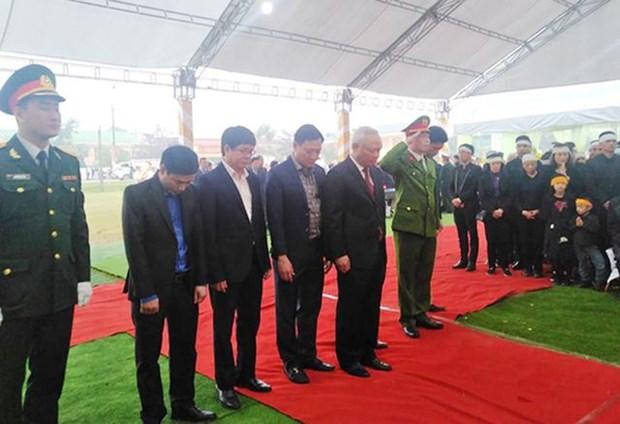 阮德平同志吊唁仪式和安葬仪式在河静省红岭市举行 hinh anh 1