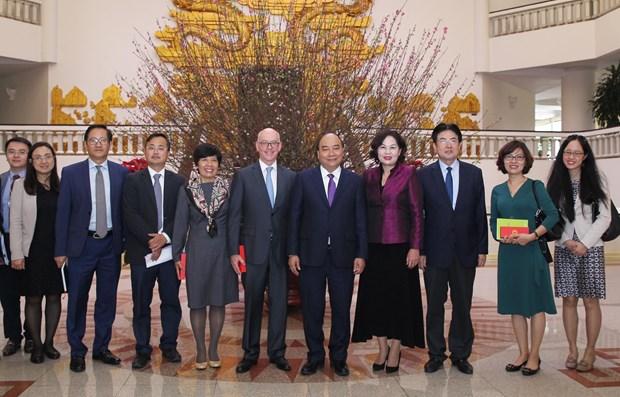 越南政府总理阮春福会见国际货币基金组织驻越办事处首席代表 hinh anh 2