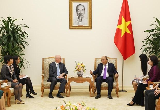 越南政府总理阮春福会见国际货币基金组织驻越办事处首席代表 hinh anh 1