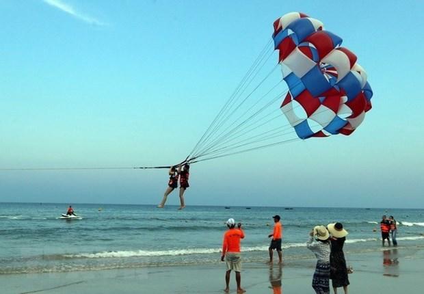 马来西亚游客青睐越南中部海滩 hinh anh 1