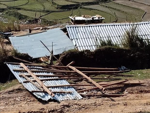 安沛省、老街和宣光三省遭受龙卷风和大暴雨袭击多间房屋受损 hinh anh 1