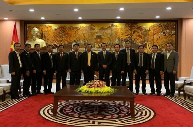 越南与老挝两国首都公安力量加强合作 hinh anh 1