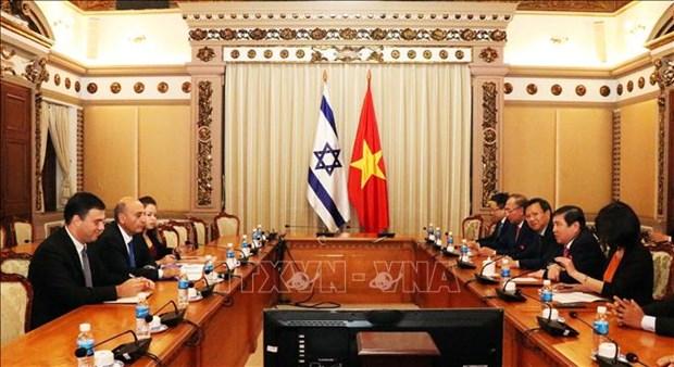 胡志明市领导会见以色列前副总理沙乌勒·莫法兹 hinh anh 2