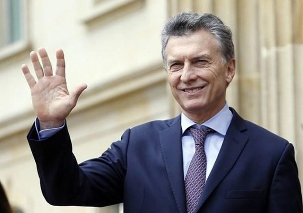 阿根廷总统开始对越南进行国事访问 hinh anh 1