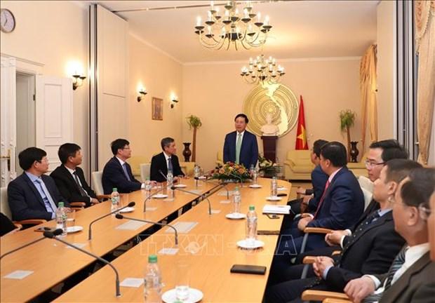 越南与德国加强在多个领域的合作 hinh anh 2
