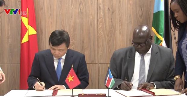 越南与南苏丹正式建立外交关系 hinh anh 1